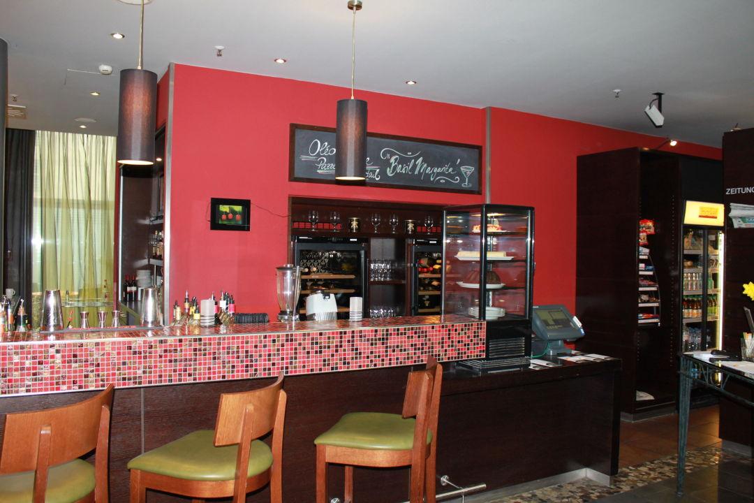 Oleo Pazzo Bar Hotel Courtyard by Marriott München City Center