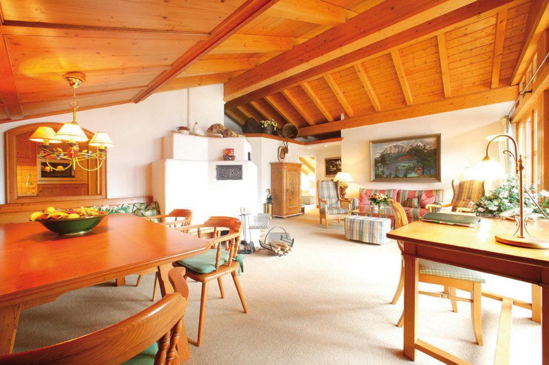 Großzuügige Suite mit schöner Ausstattung Hotel Zugspitze