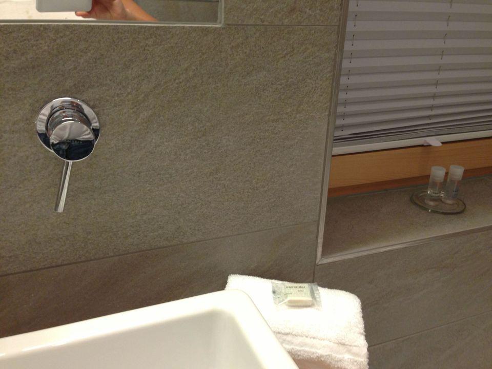 Bad Dusche Luxus : Das Luxus Bad mit Regen-Dusche und Badewanne Sportappartments