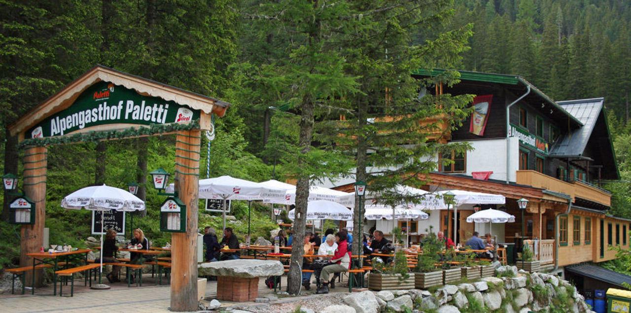 Paletti im April 2011 Alpengasthof paletti