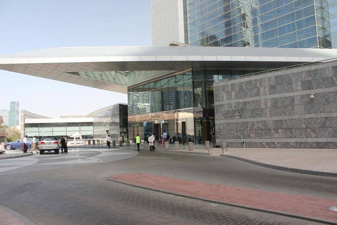 Eingang Hotel Jumeirah Emirates Towers