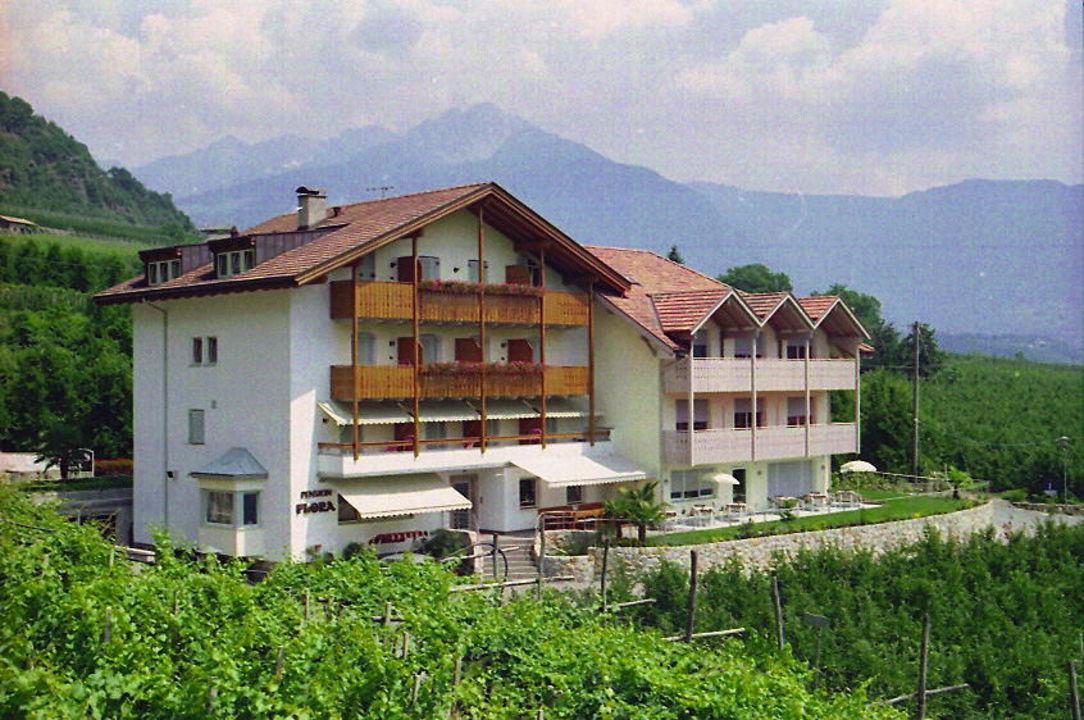 Hotel/Pension Flora Algund/Südtirol Hotel-Pension Flora