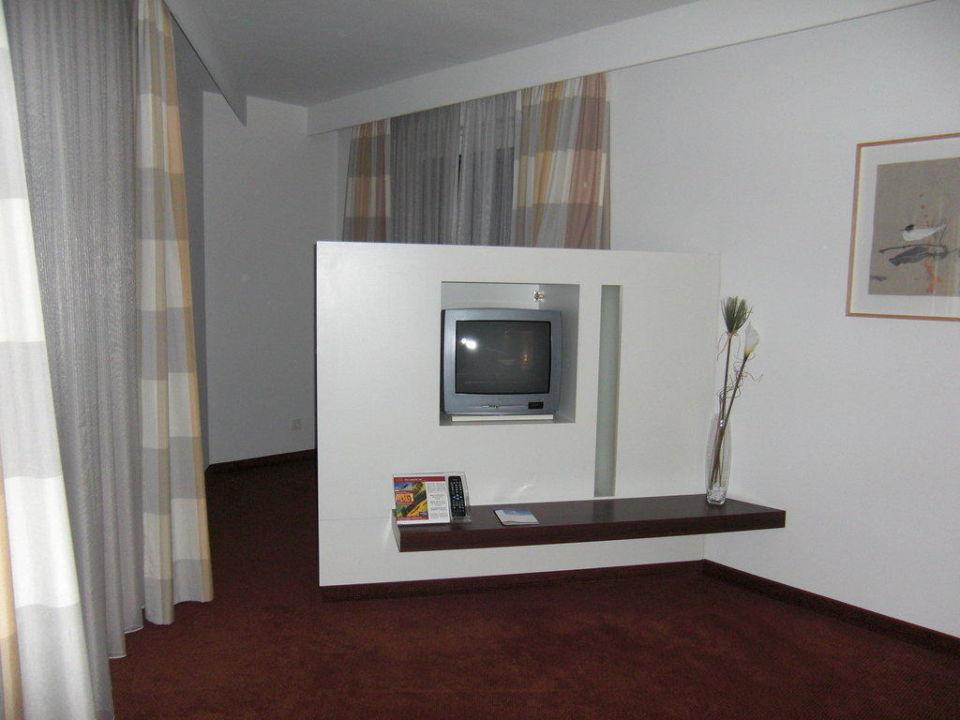 """Hotel Berlin Dusche Im Zimmer : Bild """"Dusche/Badewanne in der Suite"""" zu Estrel Hotel Berlin in Berlin"""