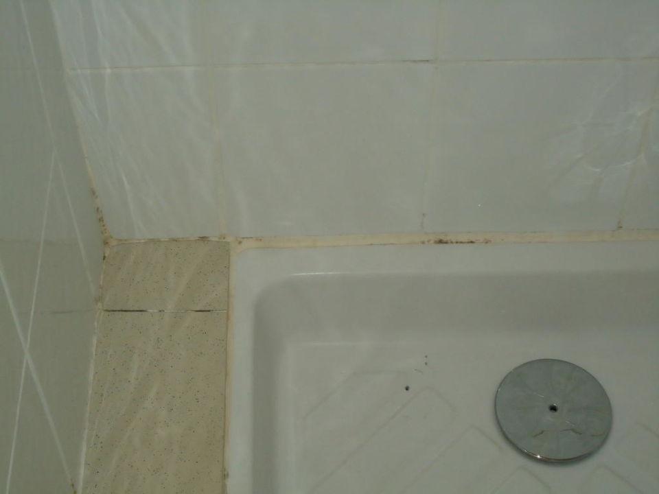 """Dusche Fenster Im Weg : Bild """"Weg zur Toilette"""" zu Camping & Bungalows Club Farret in Vias"""