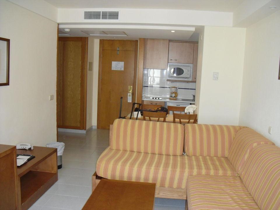 Wohnzimmer mit Kochniesche Hotel Hipotels Bahia Grande