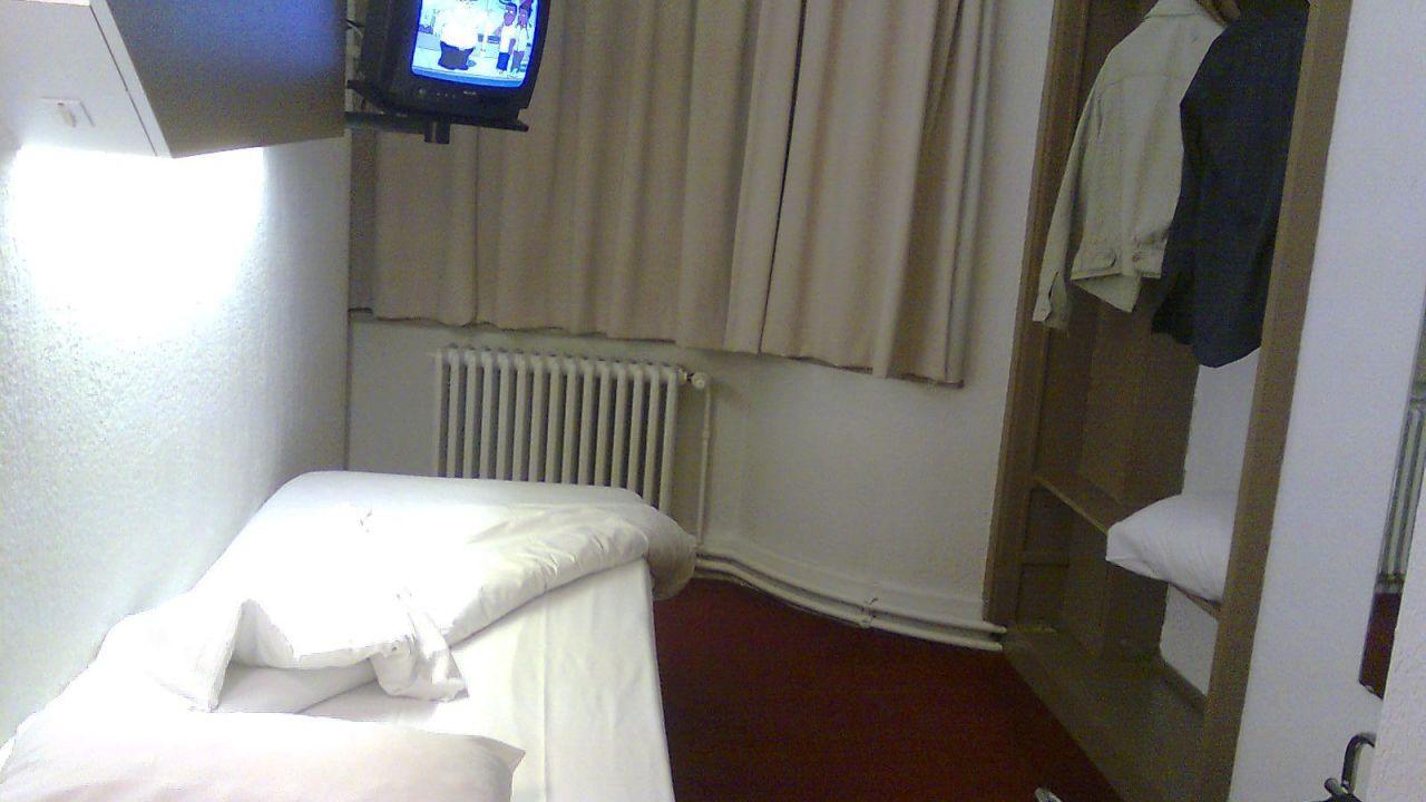 Hotel Van Belle (Anderlecht) • HolidayCheck (Brüssel | Belgien)