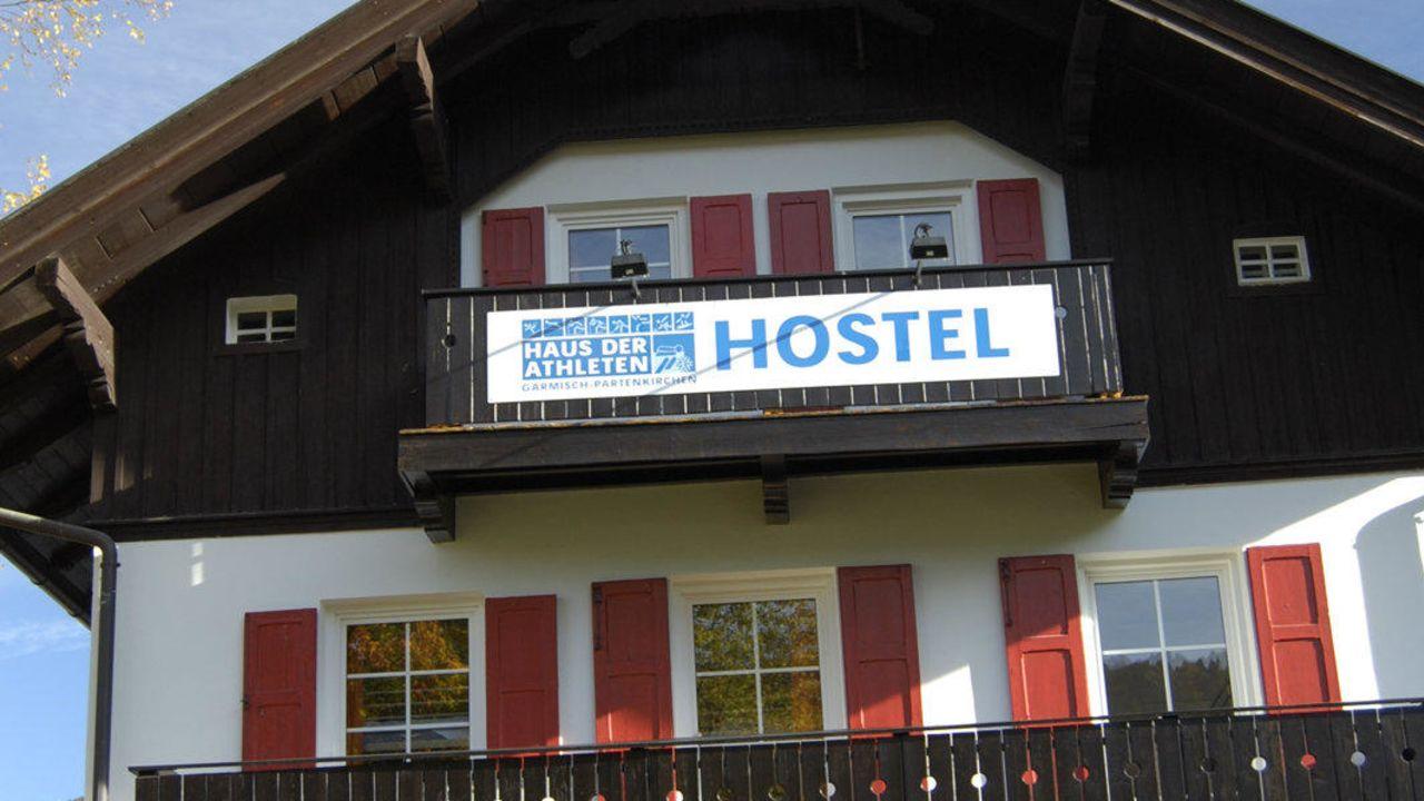 Hostel Haus der Athleten (Garmisch-Partenkirchen) • HolidayCheck ...