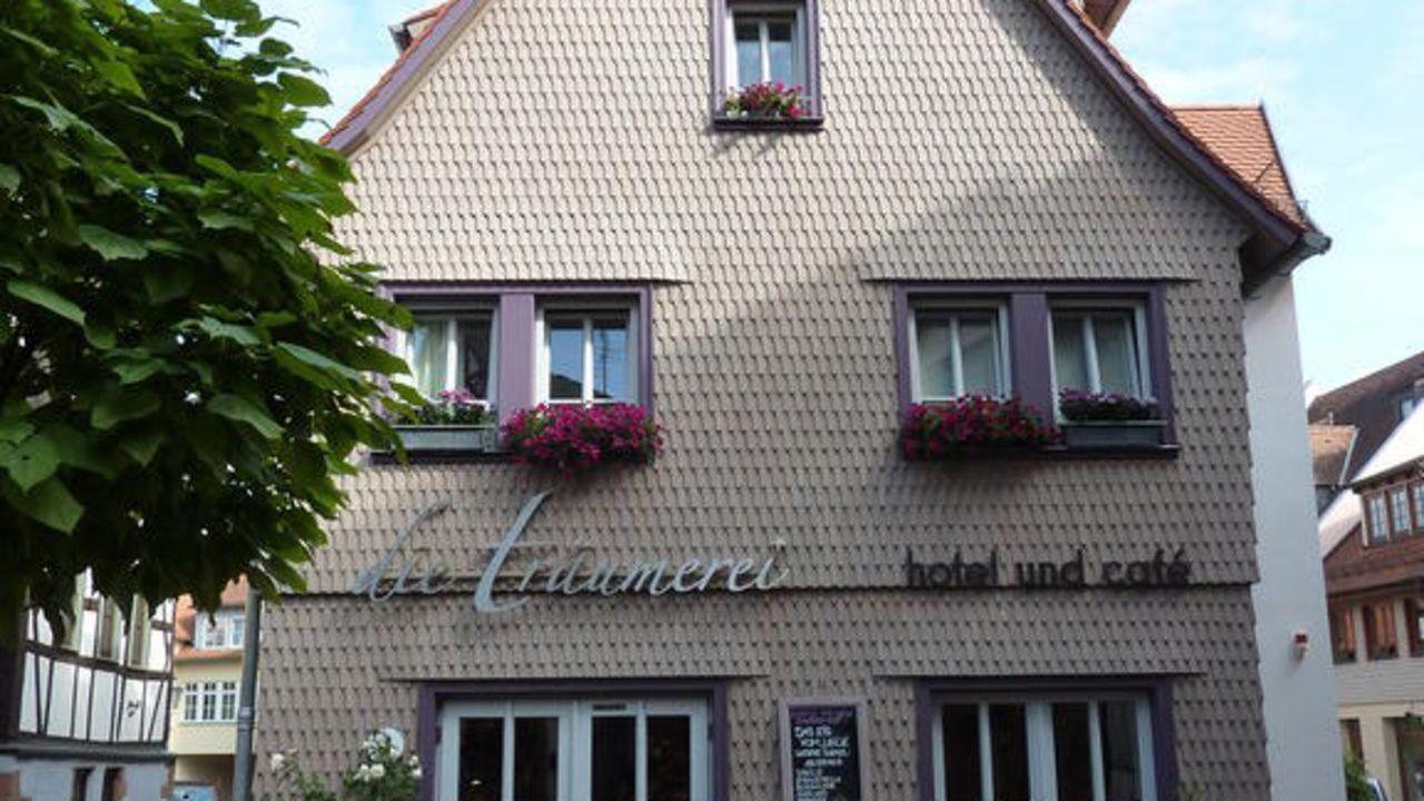 Designhotel die tr umerei michelstadt holidaycheck for Designhotel deutschland