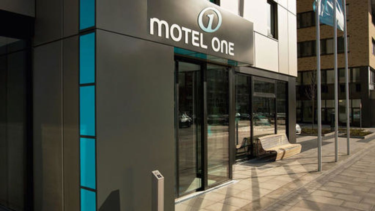motel one hamburg alster hamburg holidaycheck hamburg. Black Bedroom Furniture Sets. Home Design Ideas