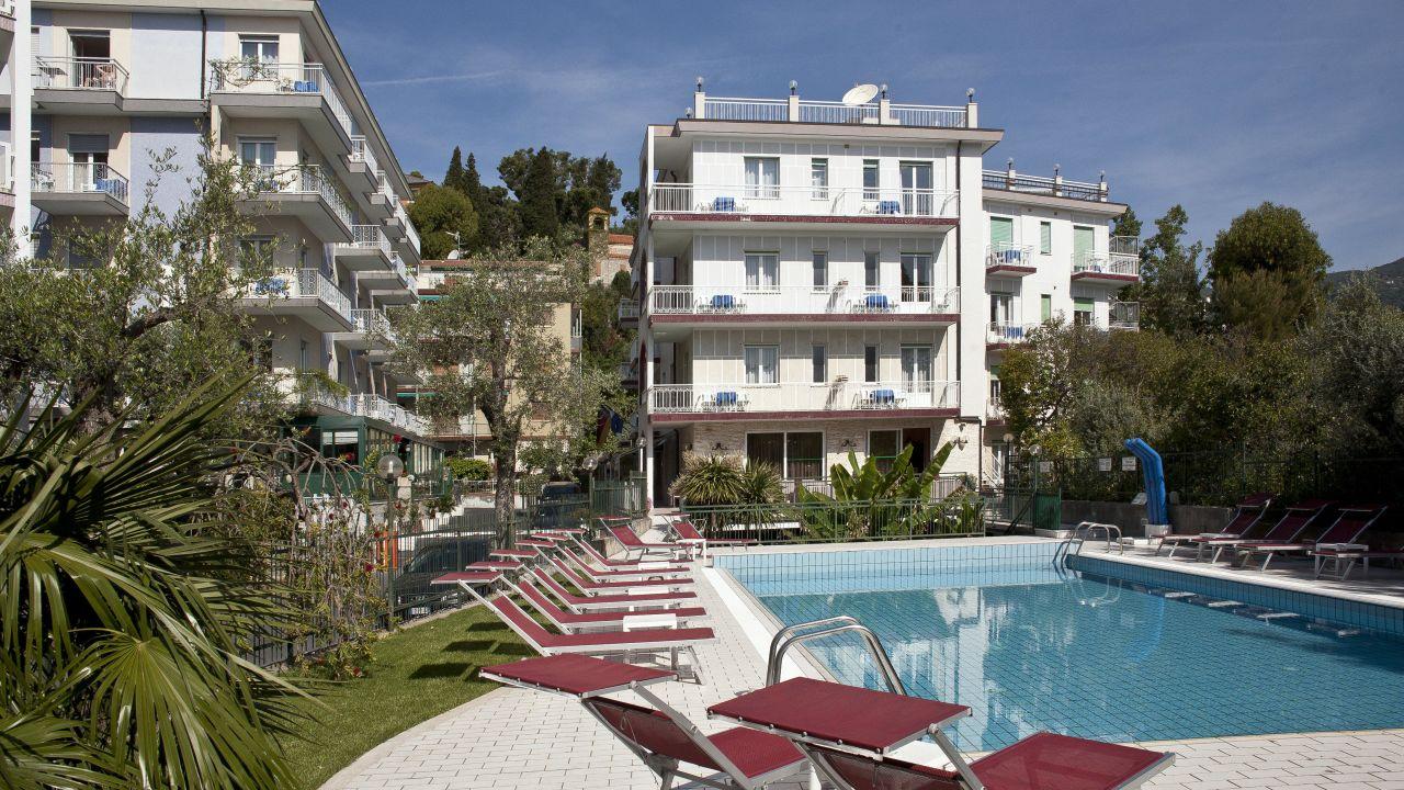 Hotel Garden Alassio Holidaycheck Ligurien Italien