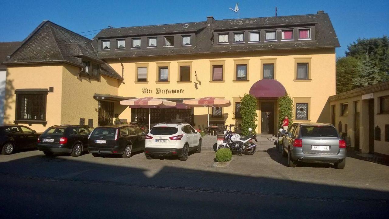 Alte Dorfschänke (Kinderbeuern) • HolidayCheck (Rheinland-Pfalz ...