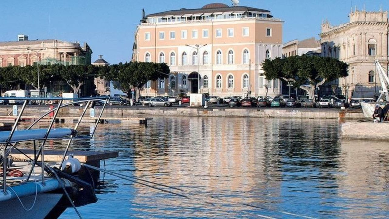 Grand hotel ortigia in siracusa syrakus holidaycheck for Grand hotel siracusa