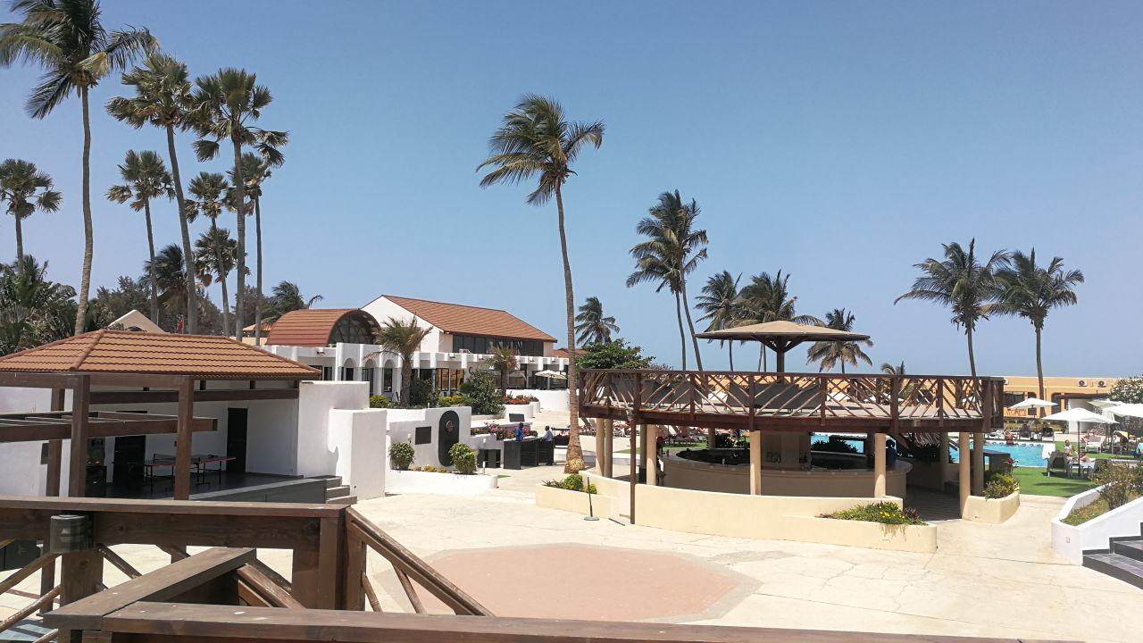 Hotel Sunbeach Resort