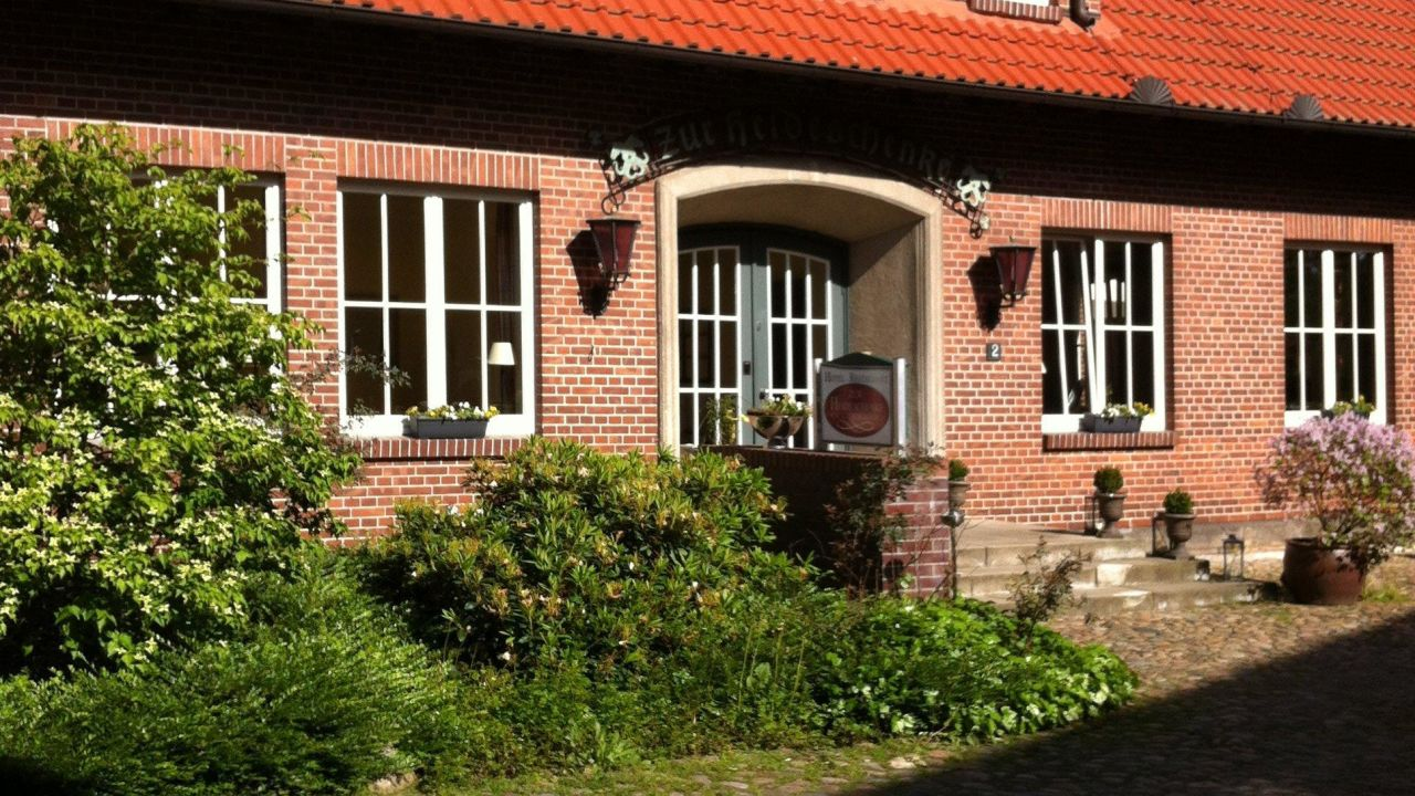 Küchen fabrikverkauf niedersachsen  Landgasthof Zur Heideschenke (Winsen (Aller)) • HolidayCheck ...