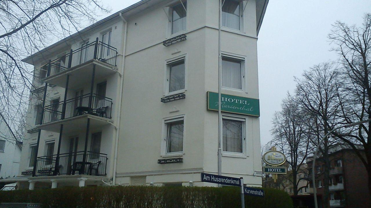 Hotel Marienthal Garni Am Husarendenkmal Hamburg