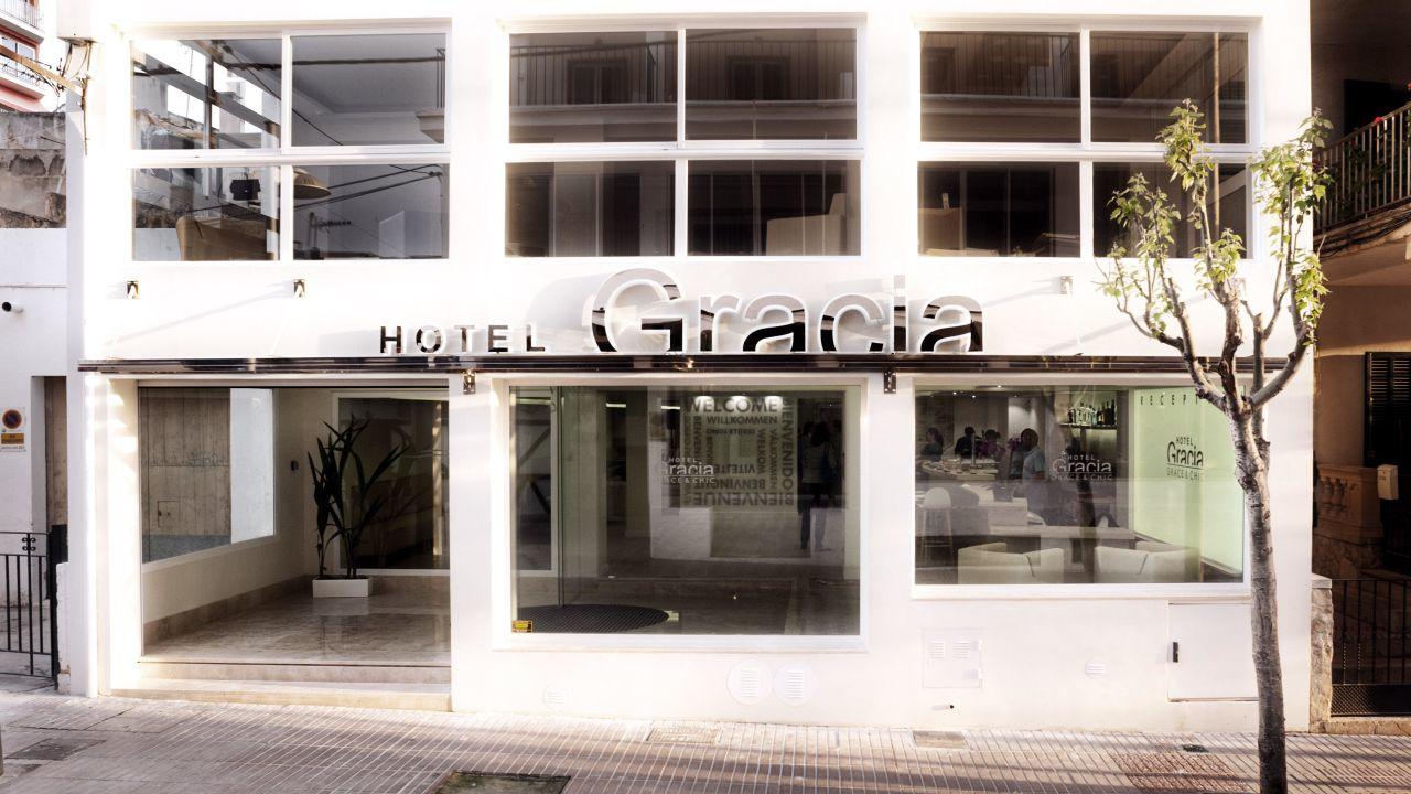 Hotel Gracia (el Arenal  S'arenal) • Holidaycheck. Novotel Atrium Darwin Hotel. The Gateway Hotel Beach Road. Hostellerie De Levernois. Wellness Hotel Tummers. Hotel Nikko Narita. East Beijing Hotel. Freund Das Und Spa Resort. Hotel San Lorenzo