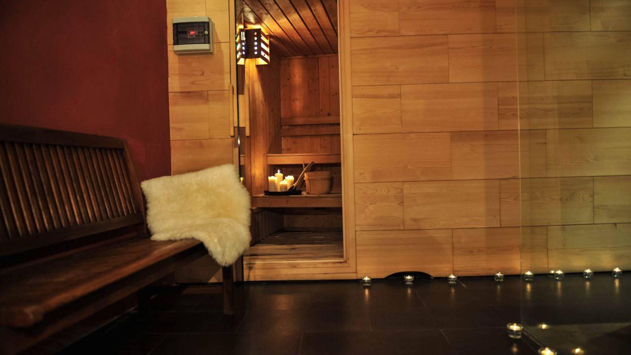 Design hotel neruda in prag praha holidaycheck for Design hotel neruda 4