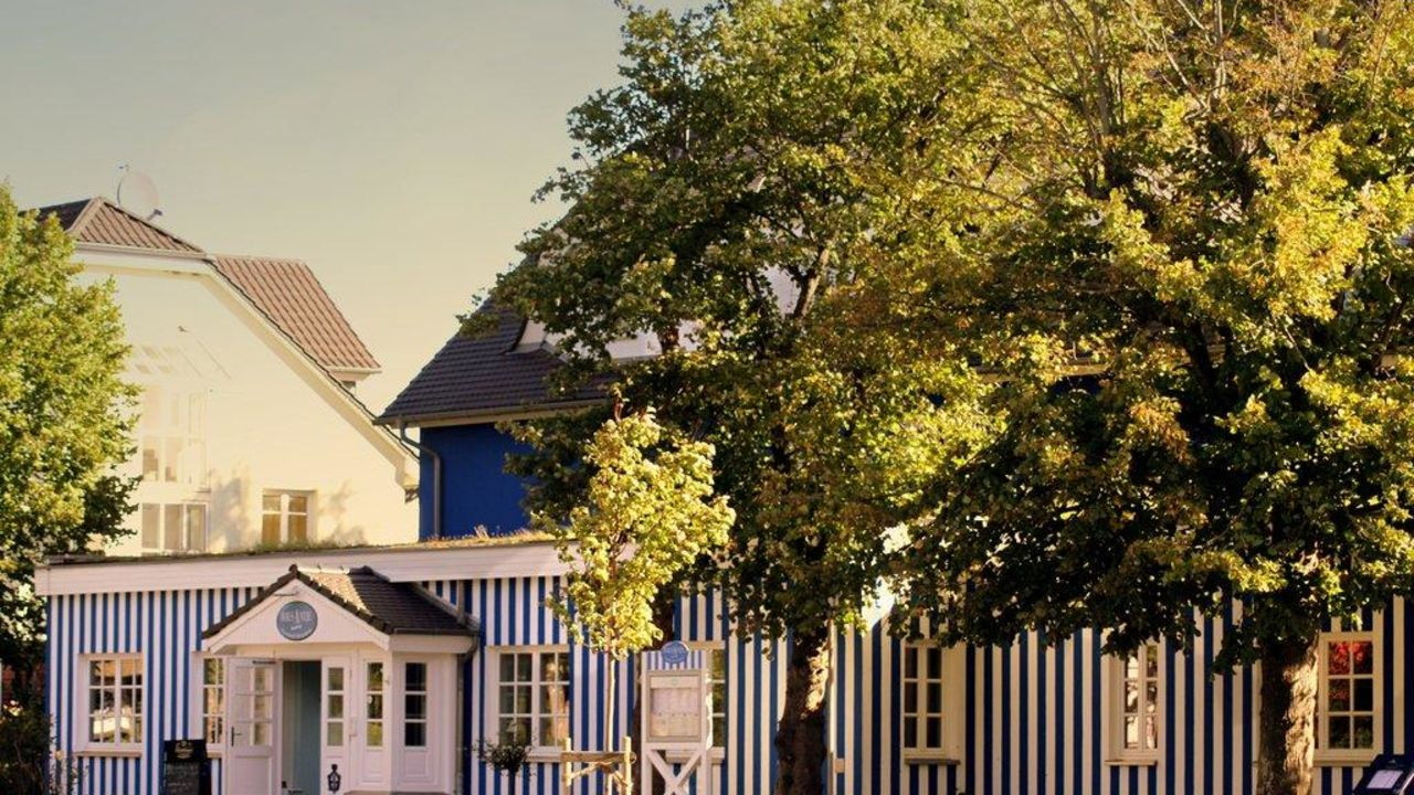 Ostseehotel Haus Antje Ahrenshoop • HolidayCheck