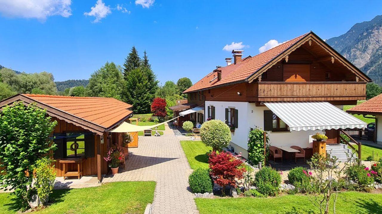 Kleiner Kühlschrank Hofer : Ferienhaus hofer im zugspitzland oberau u holidaycheck bayern