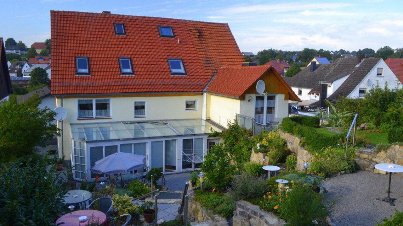 pension buttgereit in h xter holidaycheck nordrhein westfalen deutschland. Black Bedroom Furniture Sets. Home Design Ideas