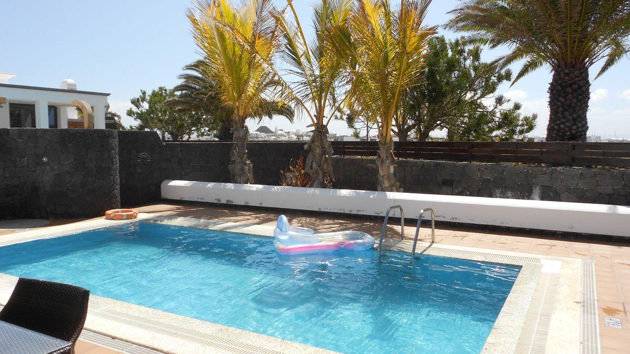 villa mamma mia in playa blanca holidaycheck lanzarote. Black Bedroom Furniture Sets. Home Design Ideas