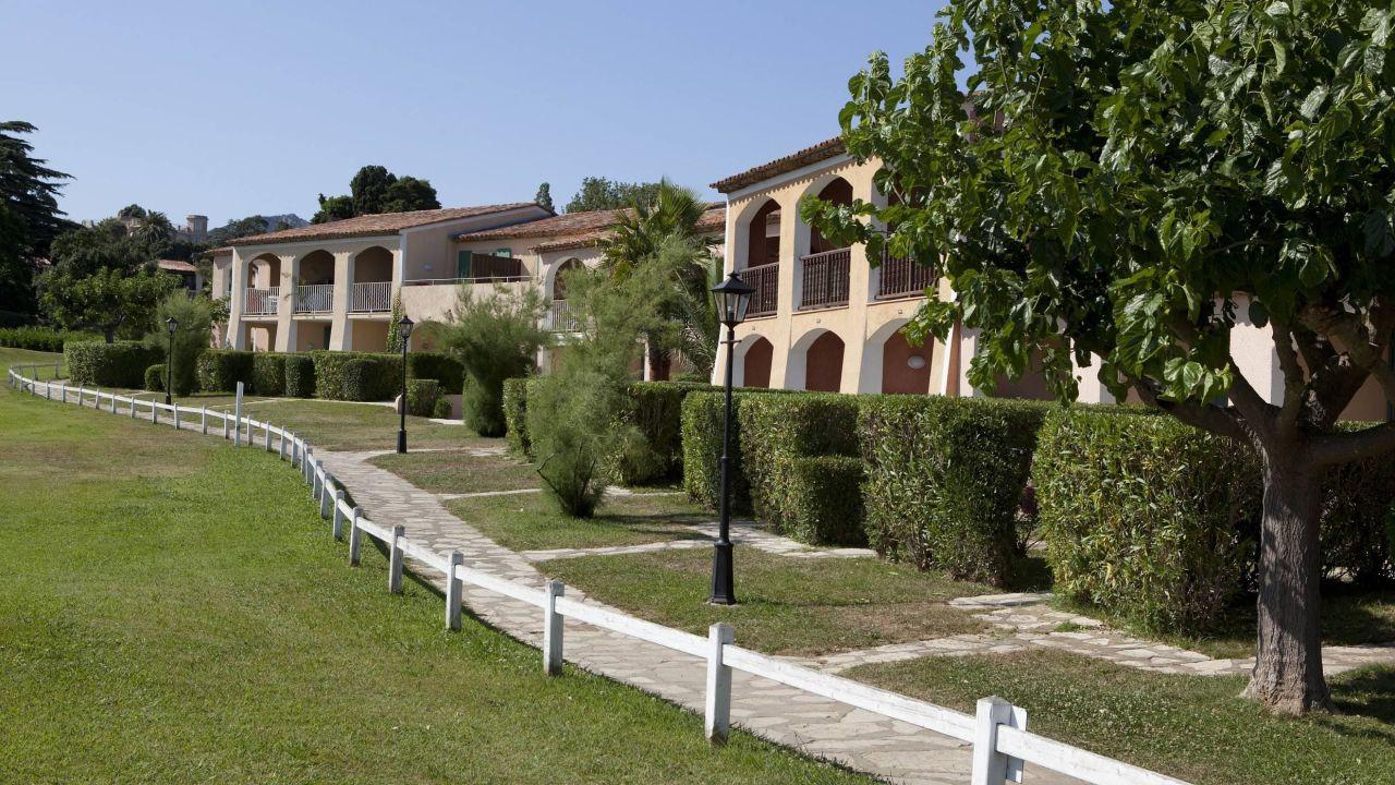 Pierre & Vacances Residenz Les Parcs de Grimaud (Grimaud ...