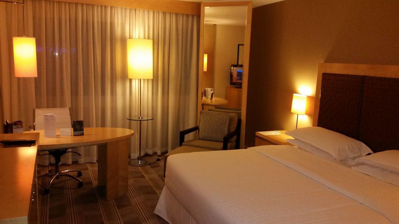 Sheraton Frankfurt Airport Hotel & Conference Center (Frankfurt am ...
