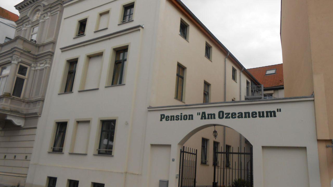 pension am ozeaneum stralsund holidaycheck mecklenburg vorpommern deutschland. Black Bedroom Furniture Sets. Home Design Ideas