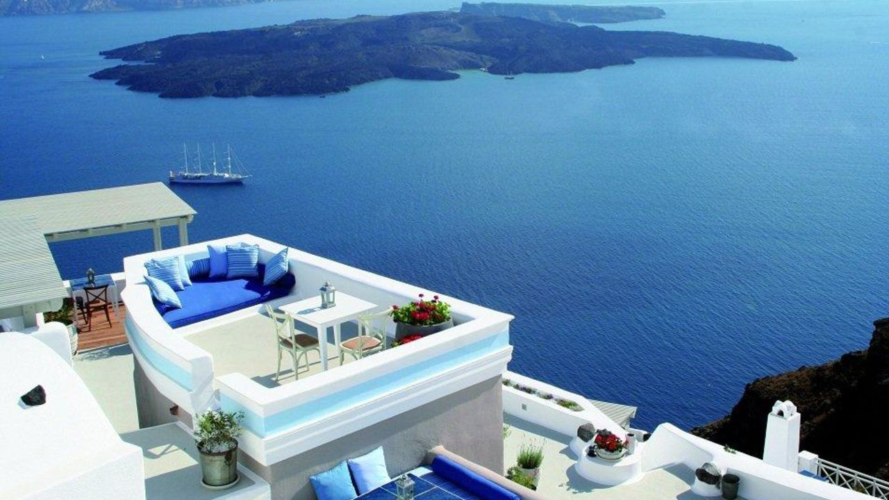 Iconic santorini a boutique cave hotel firostefani for Top hotels griechenland