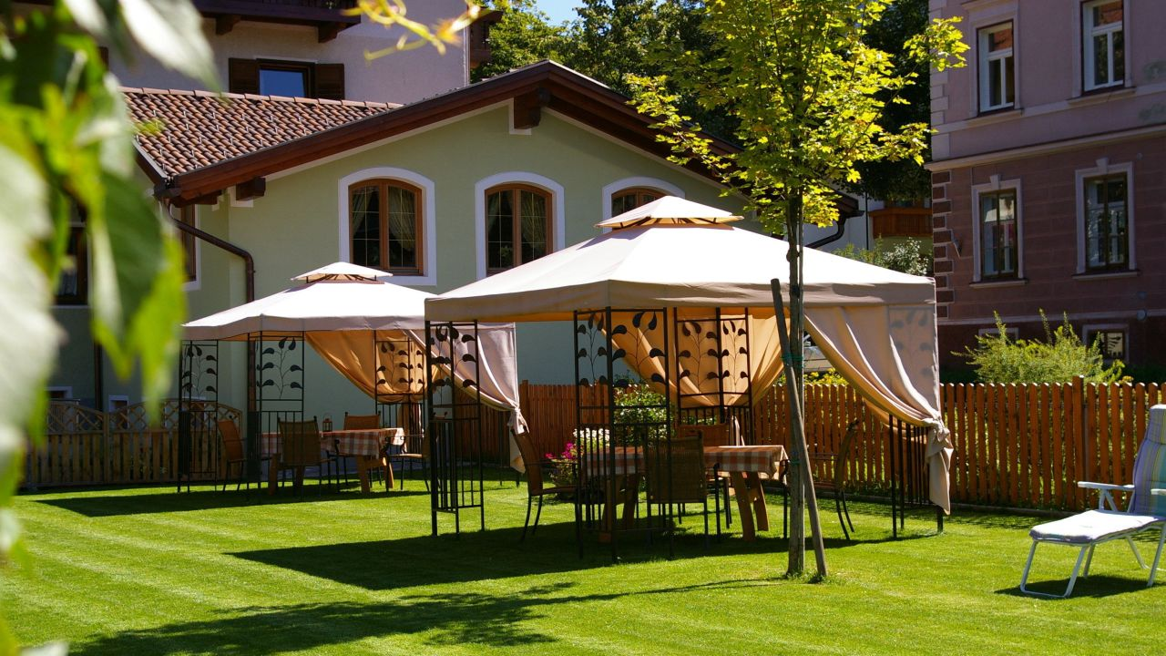 Hotels In Niederdorf Italien