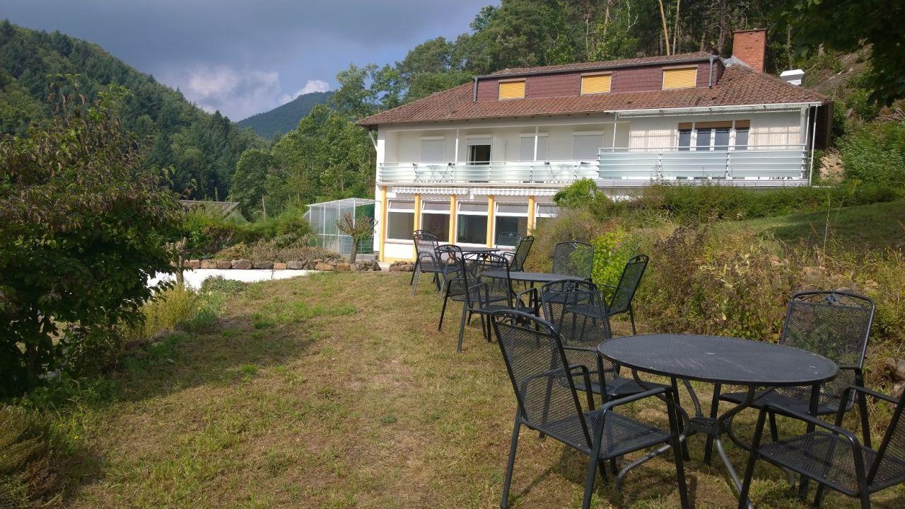 Hotels In Albersweiler Deutschland