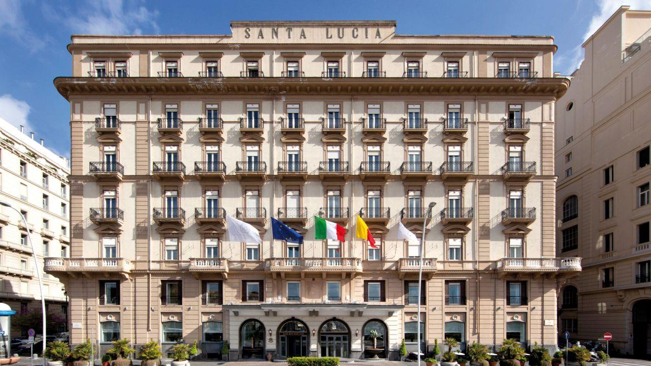 Grand Hotel Santa Lucia (Neapel) • HolidayCheck (Kampanien | Italien)
