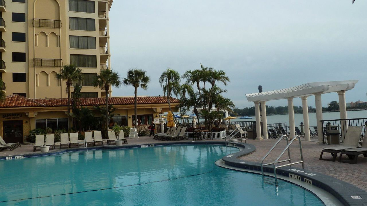 Holiday Inn Hotel Suites Clearwater Beach  South Gulfview Boulevard