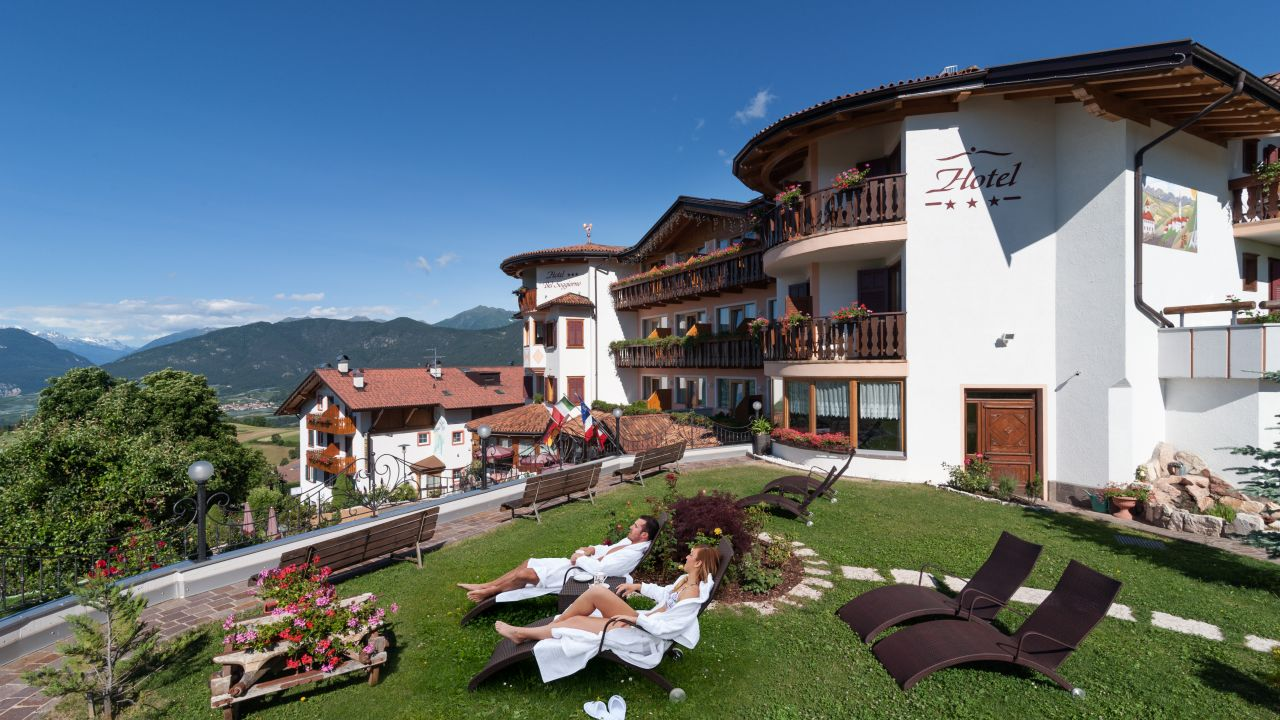 Blumenhotel Belsoggiorno (Malosco) • HolidayCheck (Trentino | Italien)