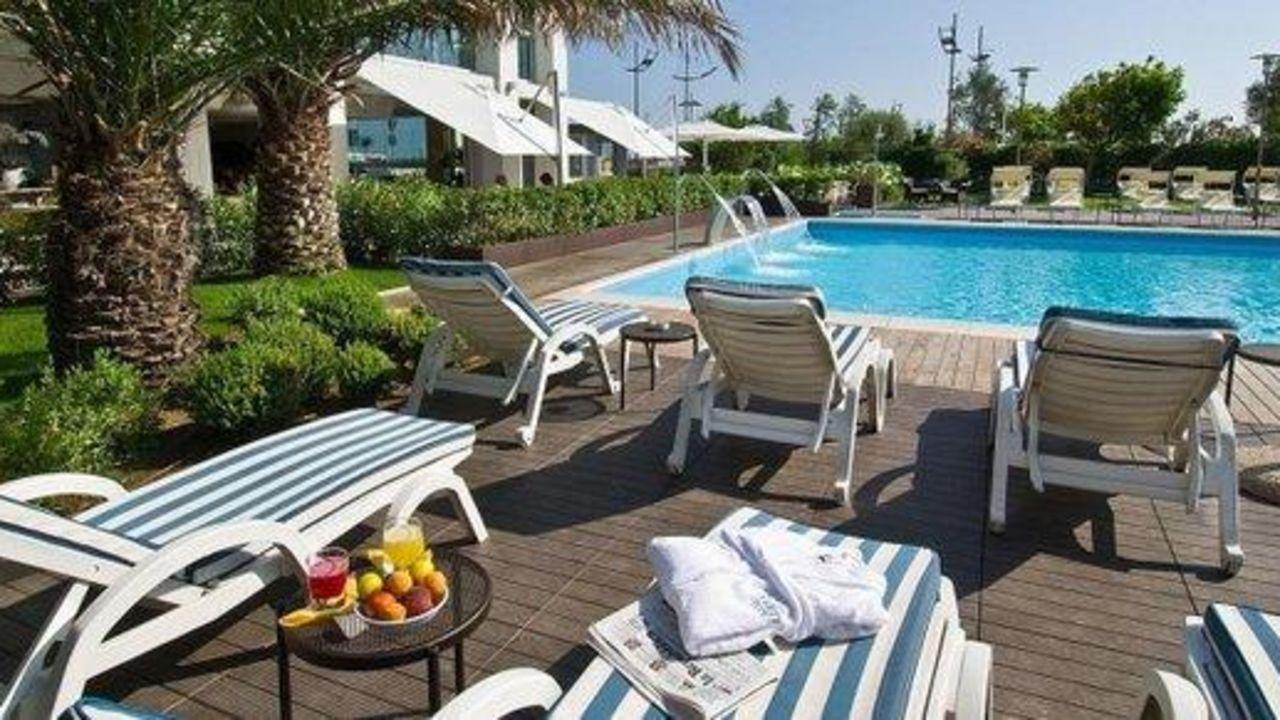 Hotel sarti riccione u2022 holidaycheck emilia romagna italien