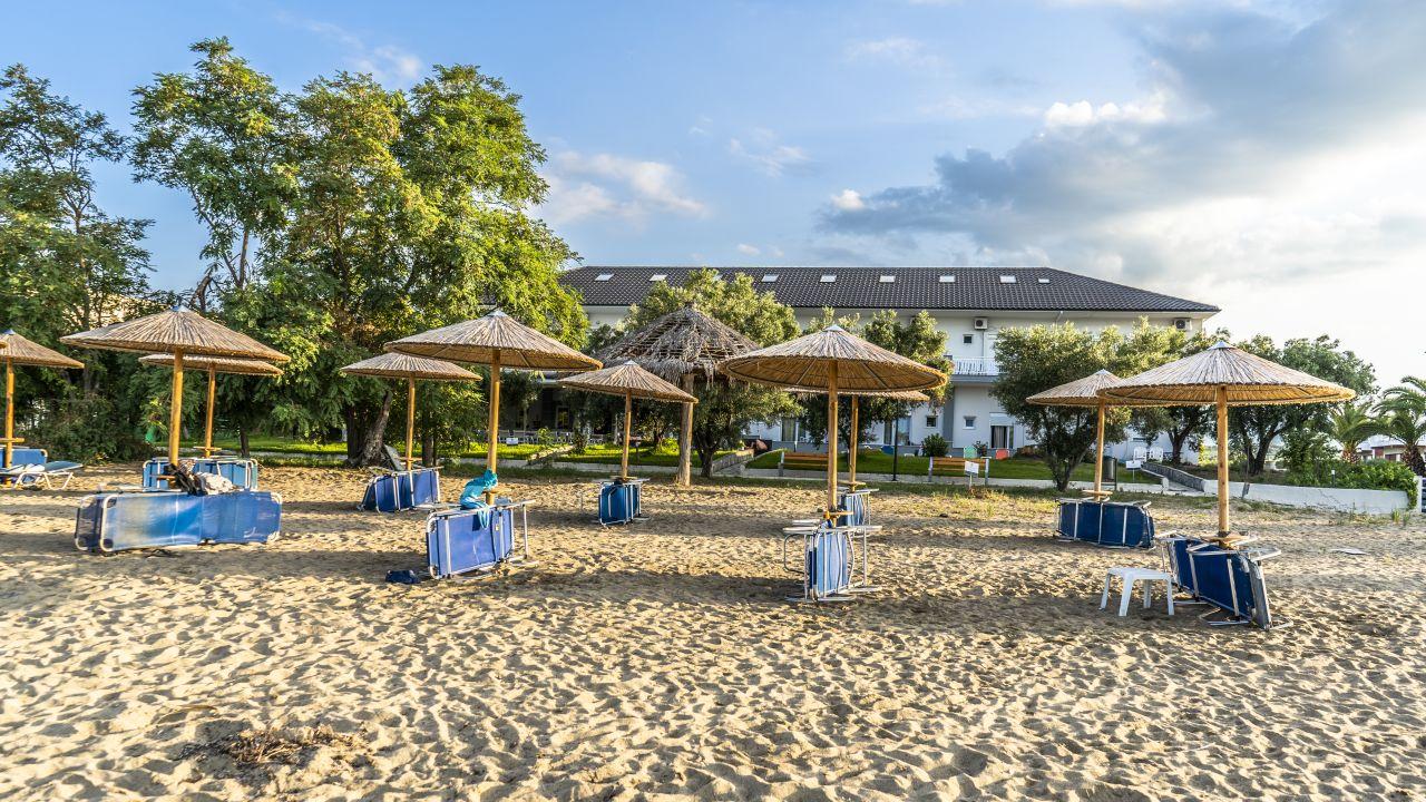 Hotel Possidona Beach