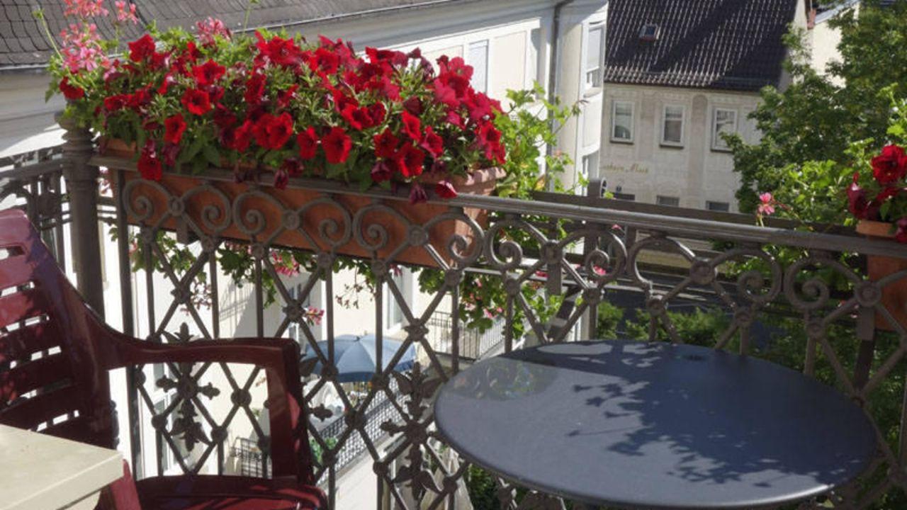 villa thea kurhotel am rosengarten bad kissingen holidaycheck bayern deutschland. Black Bedroom Furniture Sets. Home Design Ideas
