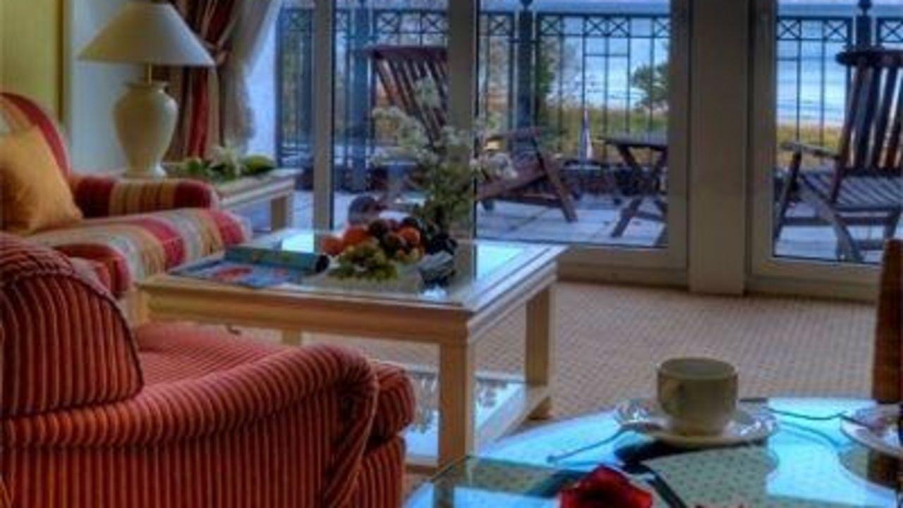 grand hotel binz by private palace hotels resorts in binz auf r gen holidaycheck. Black Bedroom Furniture Sets. Home Design Ideas