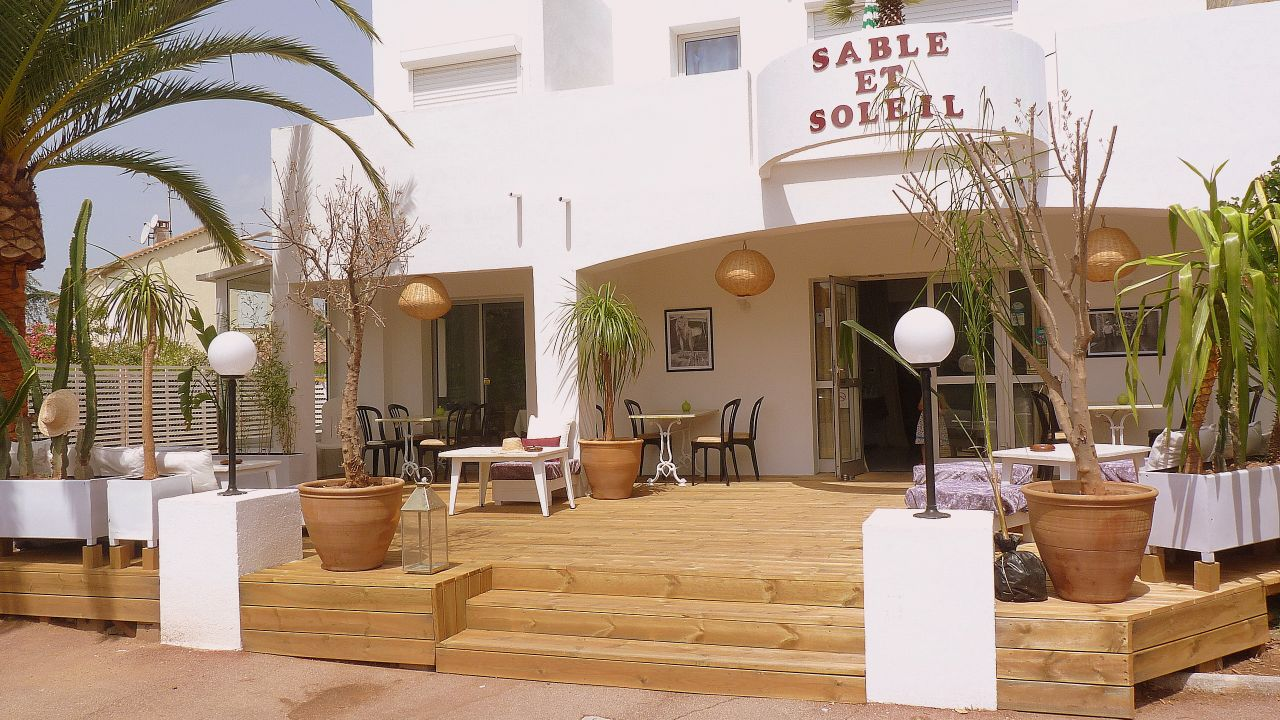 hotel sable et soleil fr jus holidaycheck c te d 39 azur frankreich. Black Bedroom Furniture Sets. Home Design Ideas