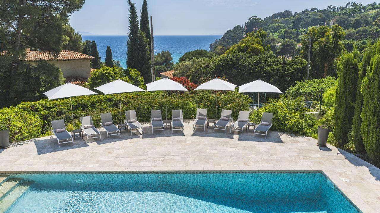 Hotel Les Terrasses du Bailli (Rayol-Canadel-sur-Mer ...