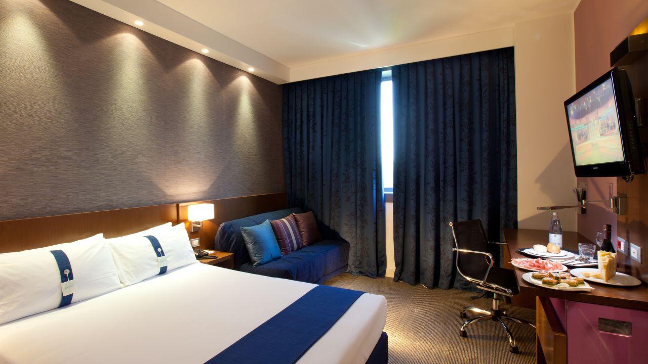Hotel Holiday Inn Express Reggio Emilia in Reggio nell\'Emilia ...