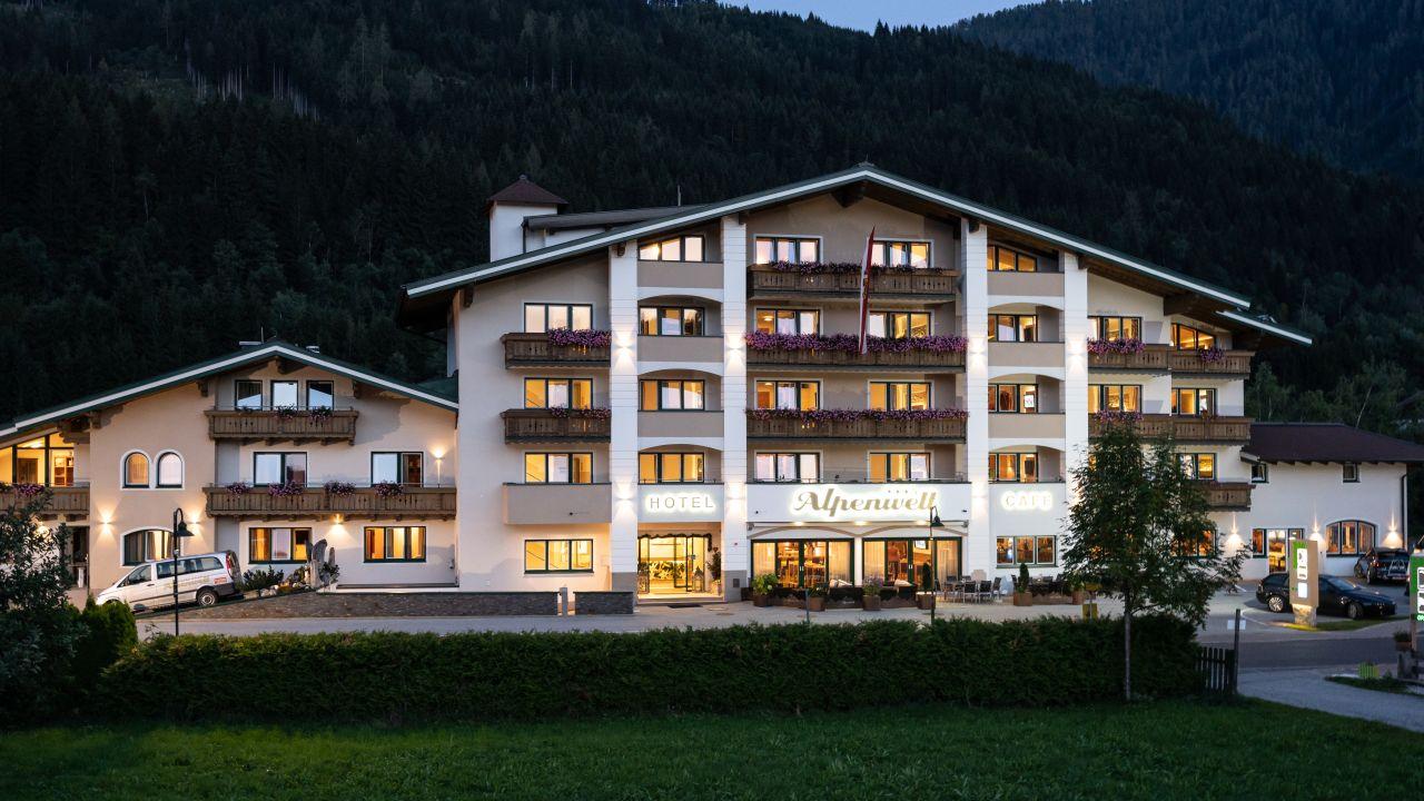 Hotel alpenwelt flachau holidaycheck salzburger land for Design hotel salzburger land