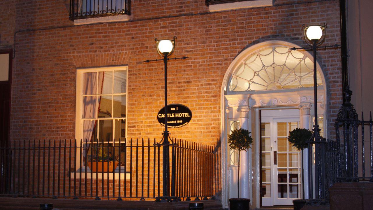 Hotelbewertungen The Castle Hotel In Dublin Leinster Irland
