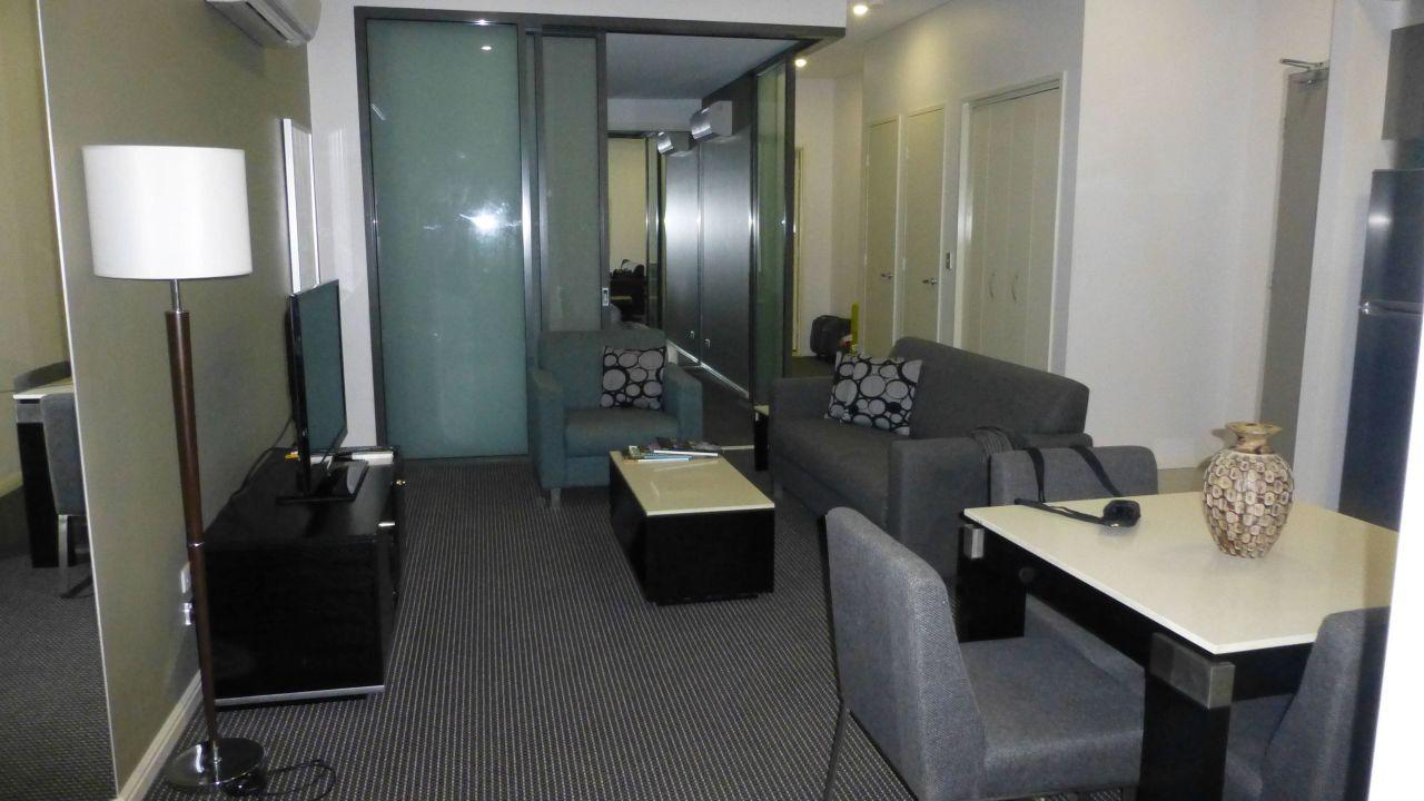 Meriton Serviced Apartments Campbell Street (Sydney) • HolidayCheck ...