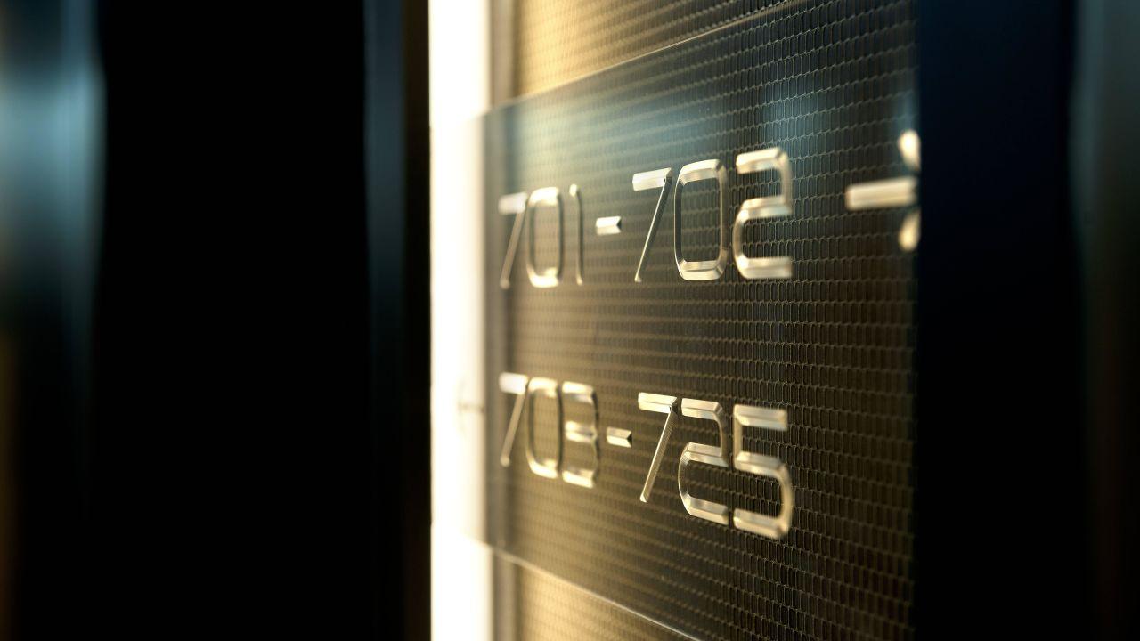 2fffde1d-6f9d-370c-b415-71b3a23420fb
