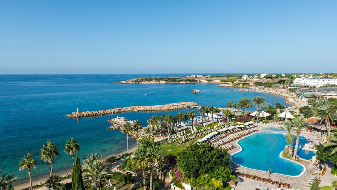 Crown Resorts Horizon Hotel Peyia Cyprus
