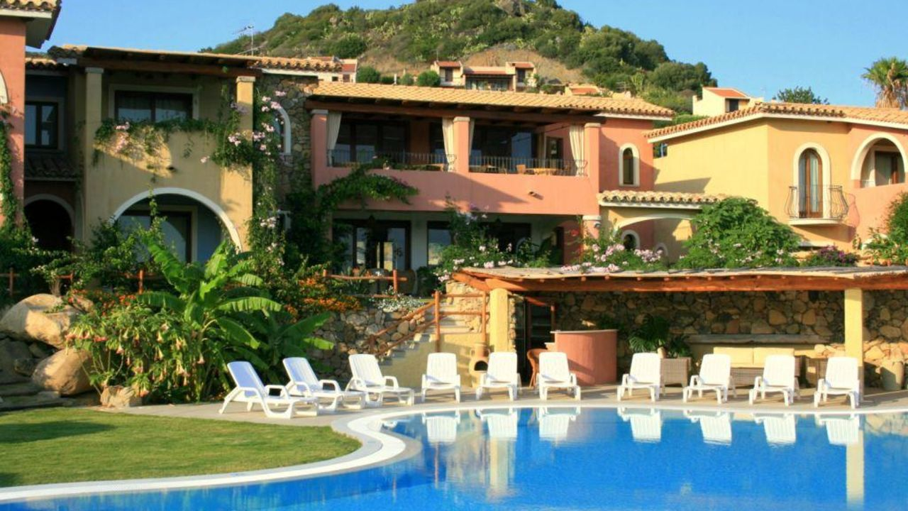 hotel mariposas villasimius holidaycheck sardinien italien. Black Bedroom Furniture Sets. Home Design Ideas
