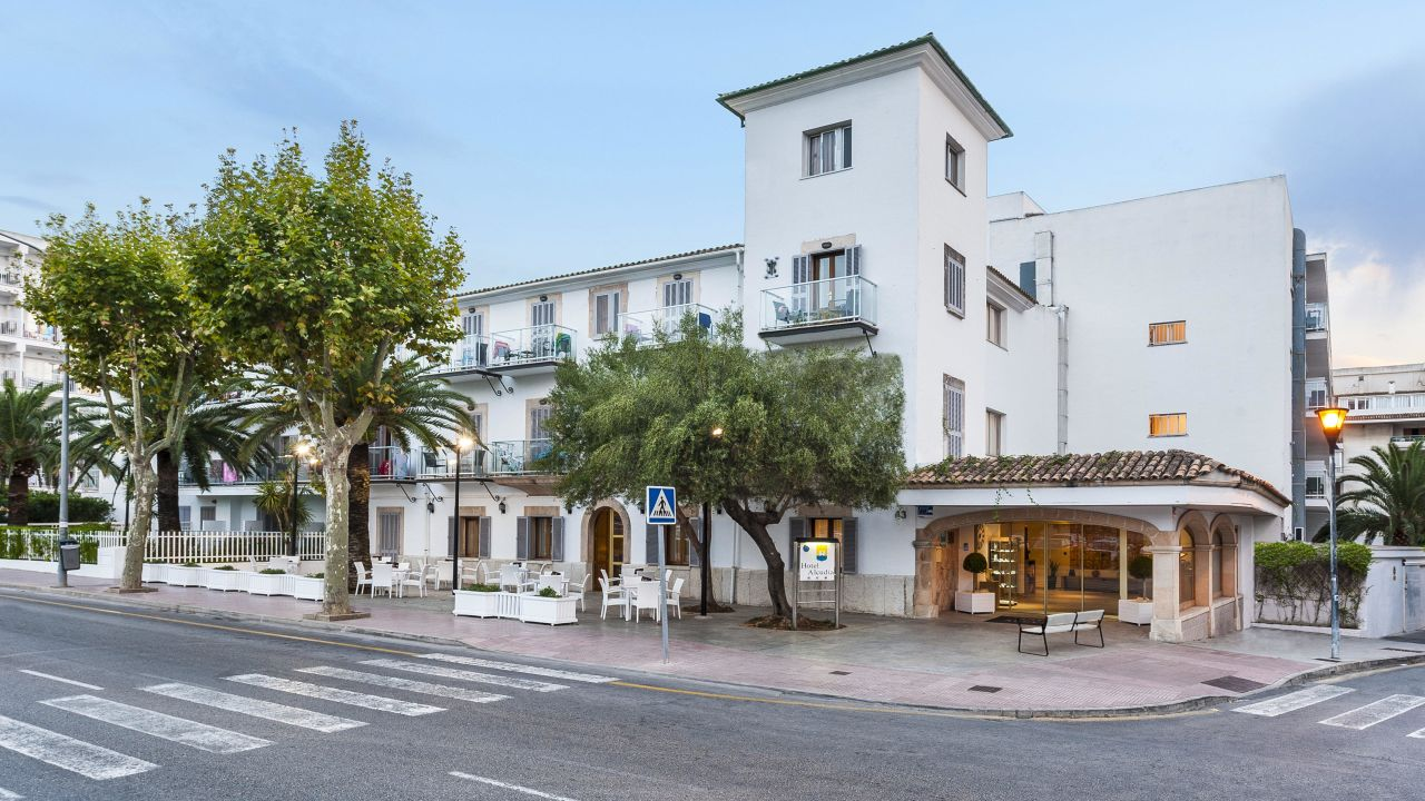 Eix Alcudia Hotel - Adults only (Alcudia) • HolidayCheck (Mallorca | Spanien)