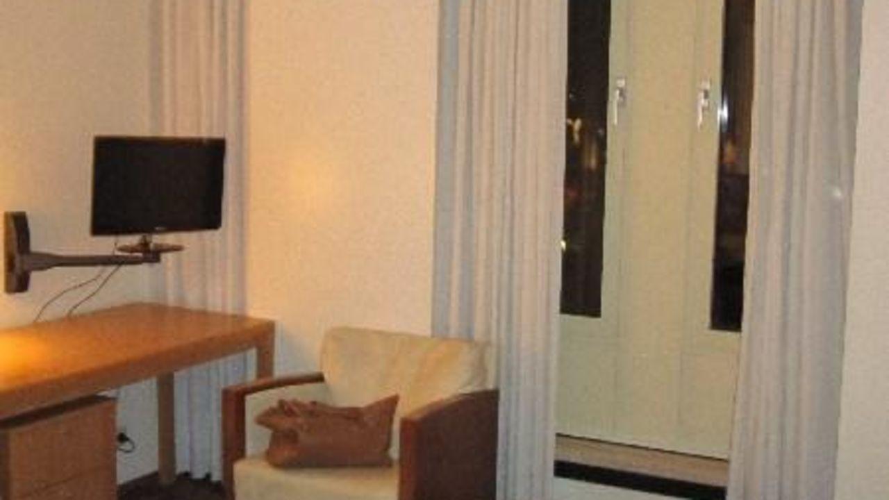 Designhotel derlon maastricht holidaycheck limburg for Design hotel niederlande