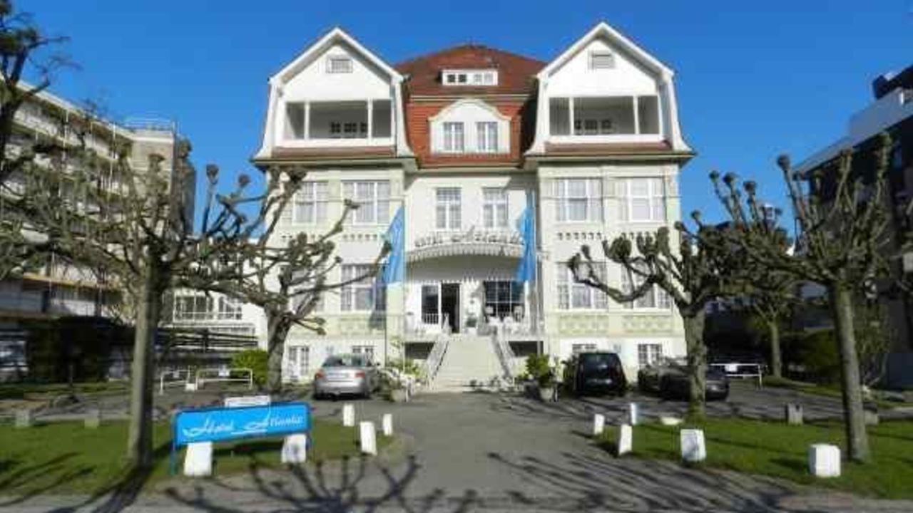 Pension Strandhaus in Travemünde • HolidayCheck | Schleswig ...